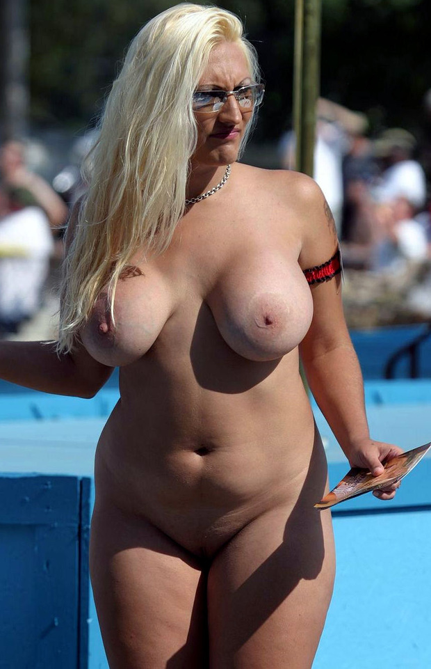 Free amateur milf pic galleries