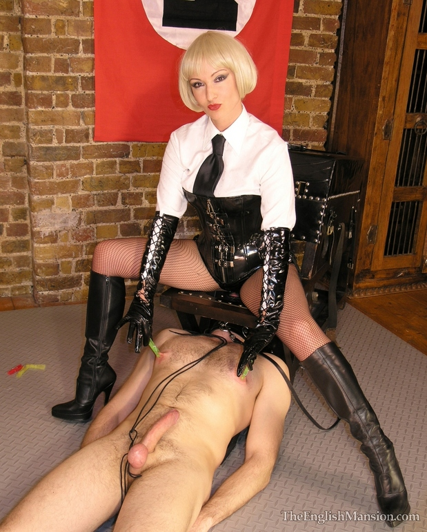 Boot slave obeying ze orders; Bdsm Hot