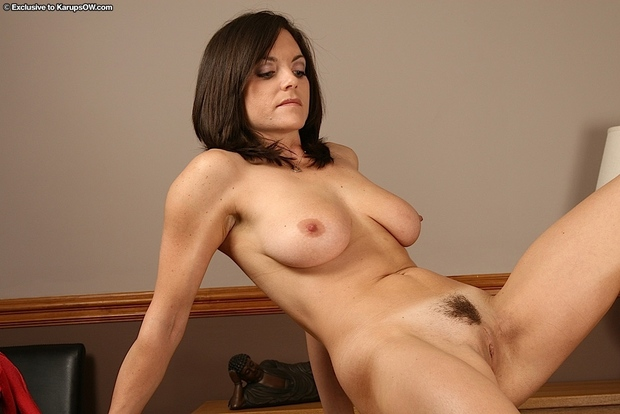 amateur brunette Beautiful mature