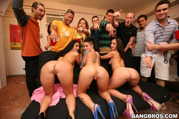 Gang bang july 2016 - 1 part 3