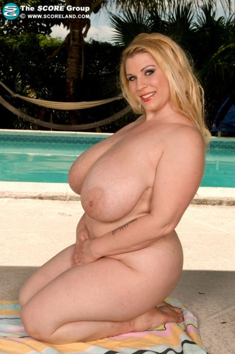 Blond bbw with big tits