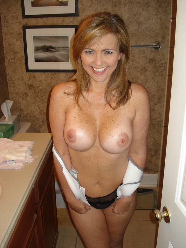 amateur milf videos